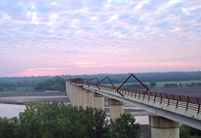 High Trestle Trail Bridge morning